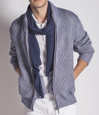 sweatshirt and scarf